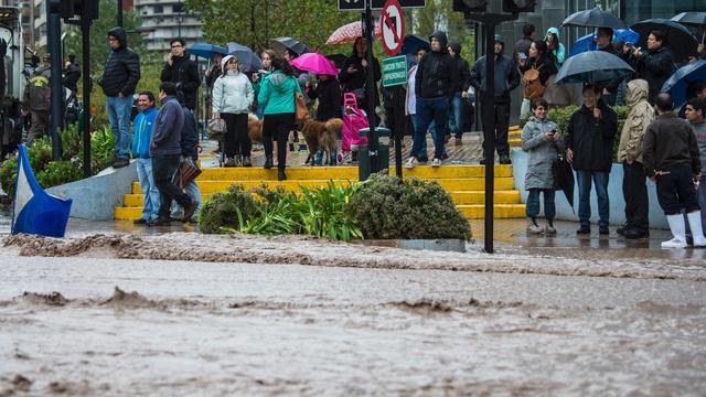 Miljoenen Chilenen zonder drinkwater na aardverschuivingen