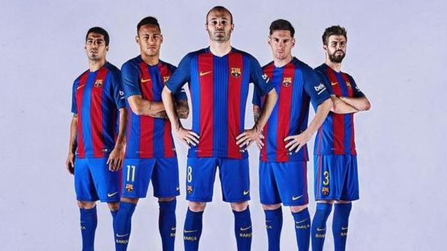 Verticale strepen terug op shirt FC Barcelona