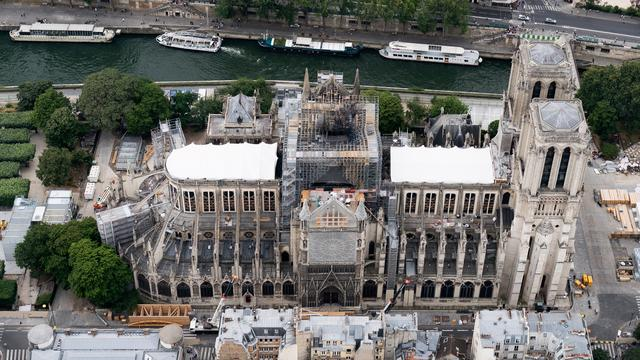 Herstel Notre-Dame hervat na alarm over loodverontreiniging