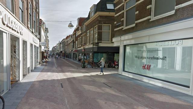 Plafond van modewinkel in Leidse Haarlemmerstraat ingestort