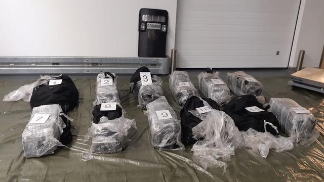 Douane onderschept 400 kilo cocaïne in Rotterdamse haven