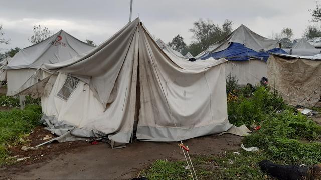 Rode Kruis: Situatie in Bosnisch vluchtelingenkamp is mensonwaardig