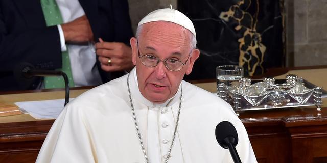 Paus twijfelt aan christelijkheid Donald Trump