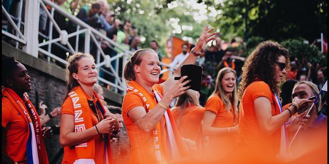 EK en WK vrouwenvoetbal moeten voortaan gratis te bekijken zijn