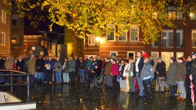 Bergen op Zoom gedenkt aanslagen bij NU-Monument