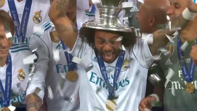 Real Madrid krijgt beker uit handen van UEFA-voorzitter