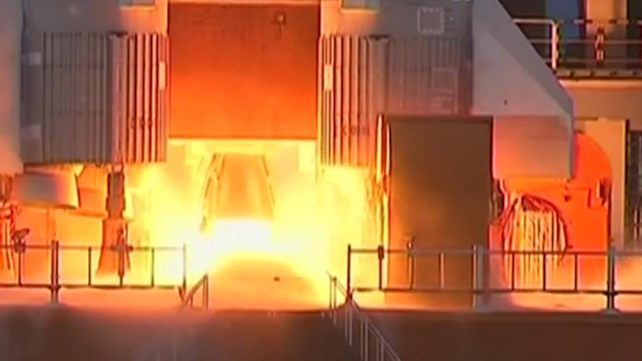 Bekijk hier de lancering (zonder ontploffing) van de Lange Mars 5
