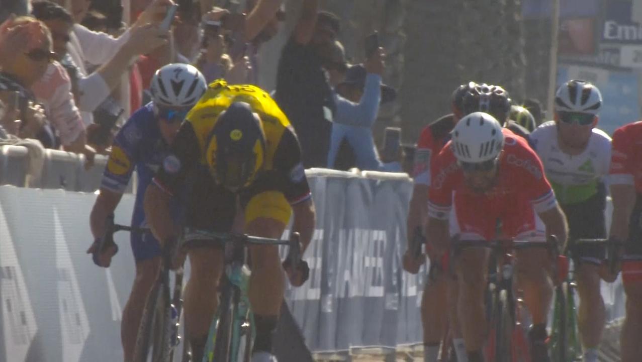 Groenewegen wint openingsrit Ronde van Dubai