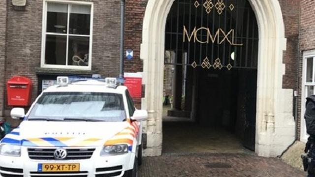 Stadhuis Haarlem kort zwaarbeveiligd vanwege bedreiging burgemeester