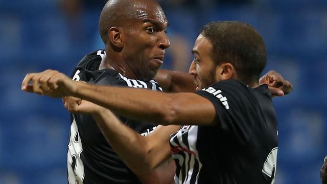 Babel scoort voor Besiktas, simpele zege invaller Robben met Bayern