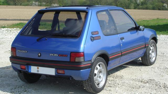 Ontwerper van Peugeot 205 overleden