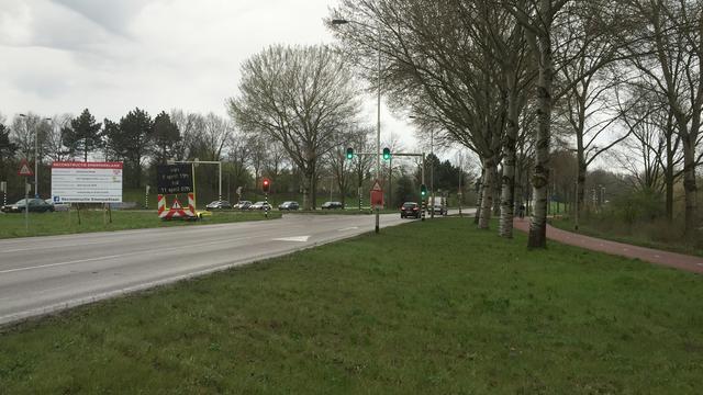 Omrijden voor leggen nieuw asfalt Emerparklaan