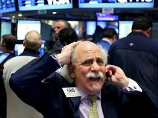 In januari dit jaar zaten olieprijzen en aandelenkoersen aan elkaar vastgeklonken
