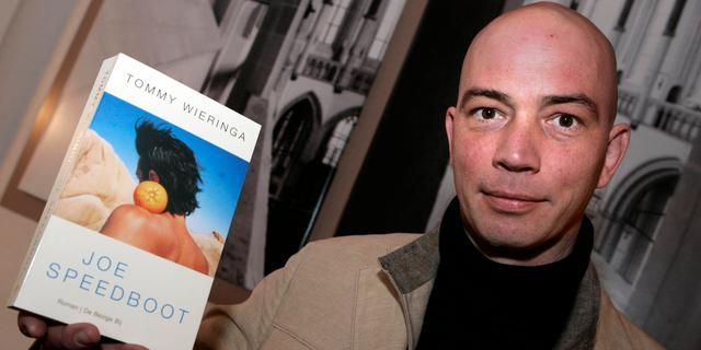 Tommy Wieringa wil Hannah Hoekstra en Gijs Scholten van Aschat in boekverfilming