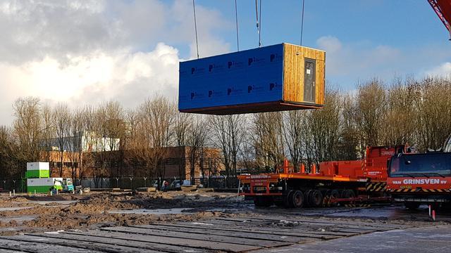 Eerste woningen Nico van der Horstpark geplaatst