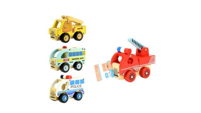 Toi-Toys roept houten speelgoed en klappertjesraket terug