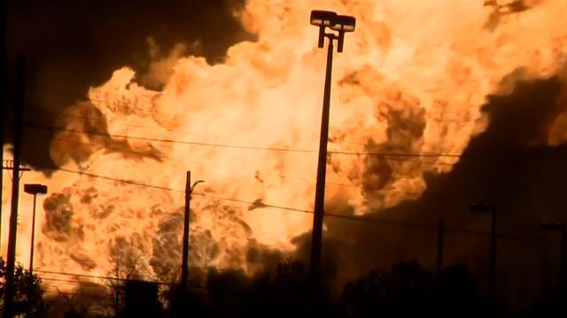 Gasexplosies en zeer grote brand bij outlet in Michigan