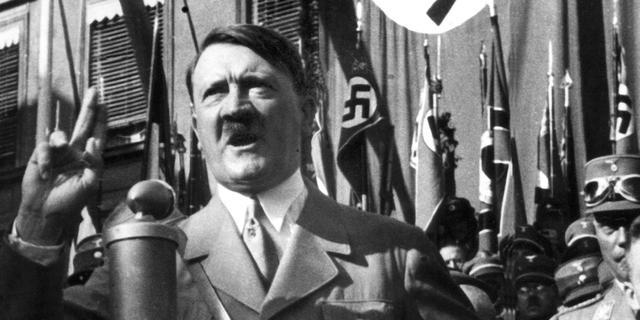 Hitler had broertje met waterhoofd