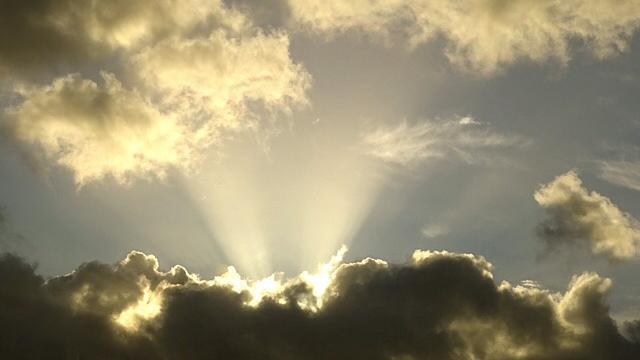 Het weer: Wisselend bewolkt en weinig wind