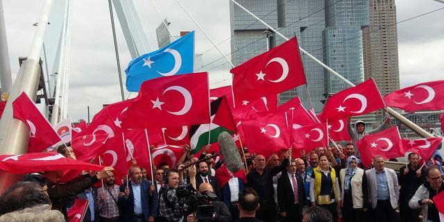 Gülen-aanhangers in Nederland bedreigd na berichtgeving Turkse krant
