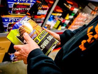 Online verkopen stegen, minder verkocht in winkels
