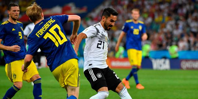 Gündogan wil in tegenstelling tot Özil wel in Duits elftal blijven