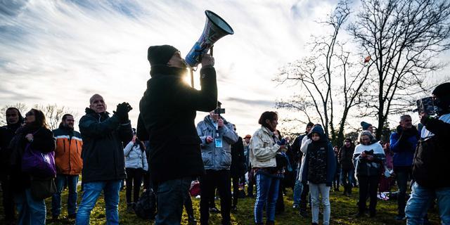 Coronaprotest in Apeldoorn afgelopen, vier personen opgepakt