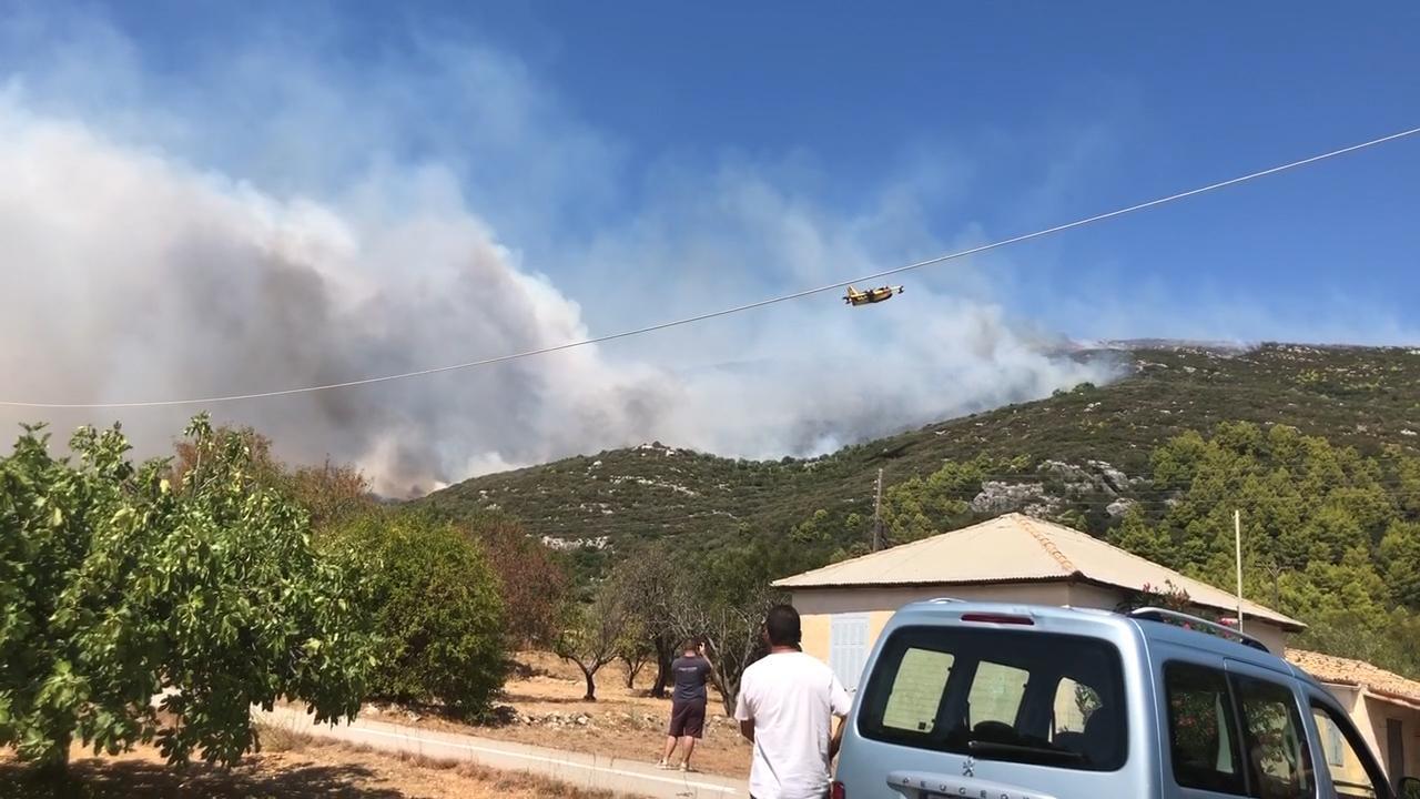 Natuurbrand Zakynthos leidt tot evacuatie van ruim honderd mensen