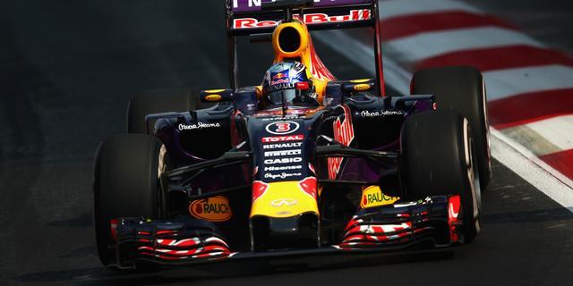 'Renault gaat toch motor leveren aan Red Bull voor komend seizoen'
