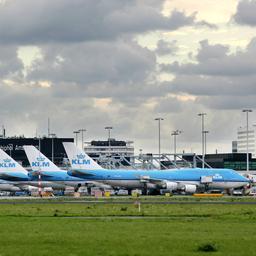 Schipholbaas: Luchtvaart moet gewoon meedoen aan klimaatregels