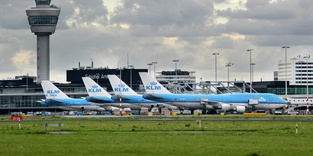 KLM schrapt zondag circa twintig vluchten vanaf Schiphol door storm