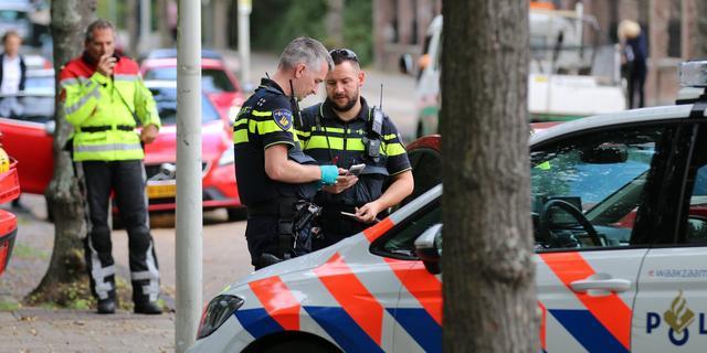 Voetganger gewond na aanrijding met auto op Kerkhoflaan in Den Haag