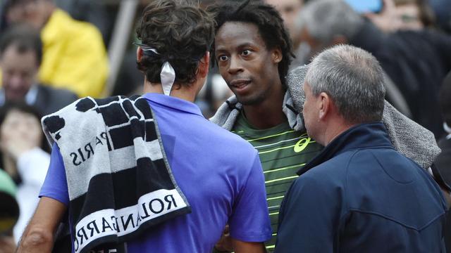 Vierde ronde-partij tussen Federer en Monfils gestaakt