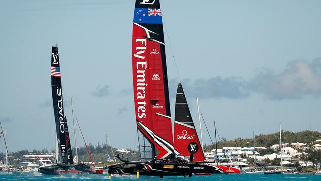 Nieuw-Zeeland wint America's Cup ten koste van Verenigde Staten