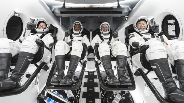 SpaceX lanceert met succes eerste eigen 'operationele' astronautenvlucht