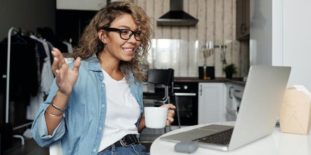 Geen koffie, borrel of bedrijfslunch: hoe lokken bedrijven nu kandidaten?