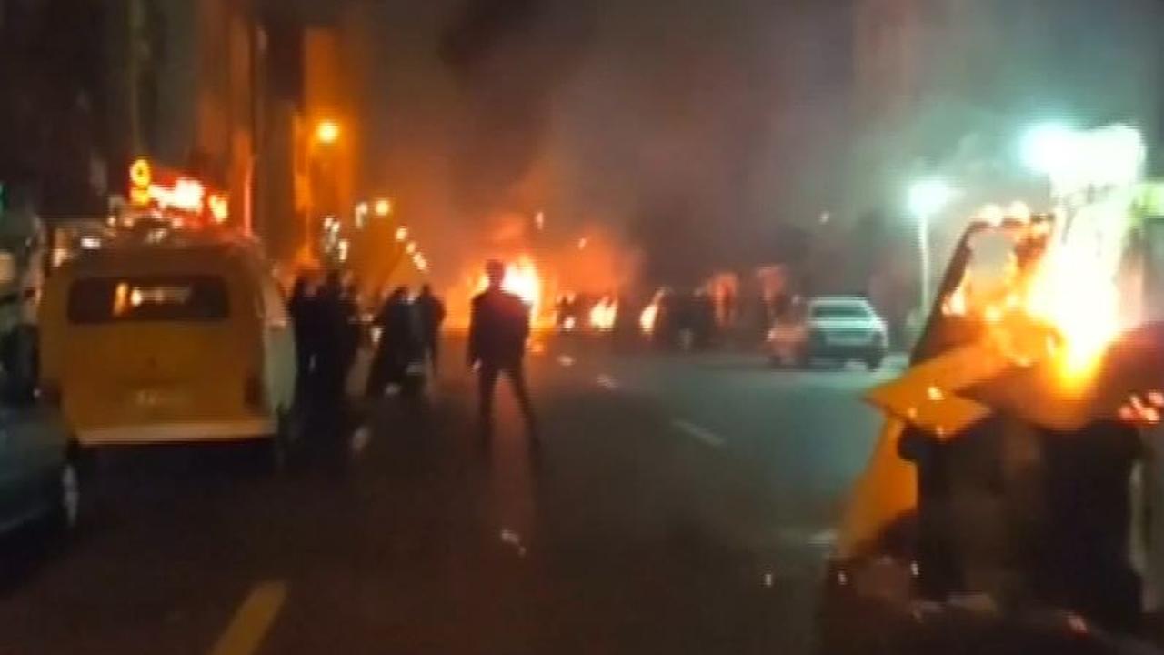 Meerdere doden bij hevige protesten in Iran