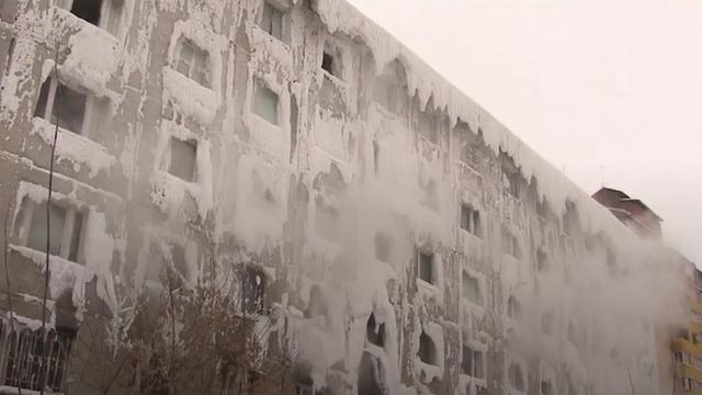 Zien: appartementencomplex in Rusland is iglo geworden