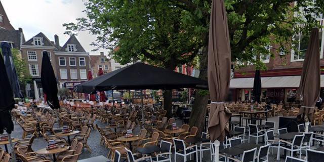 Café Le Journal tijdelijk dicht vanwege personeelslid met coronavirus