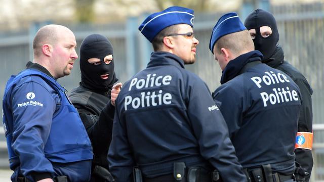 Politie Brussel doorzoekt acht huizen in kader van terreur