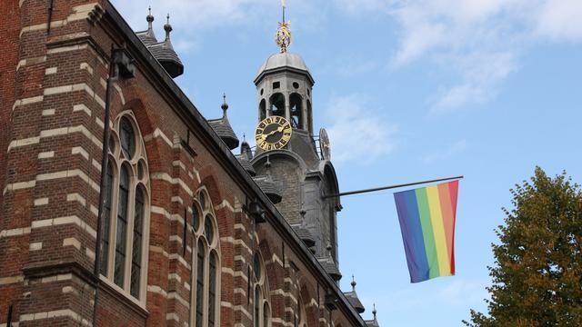 Leidse regio vlagt voor Coming Out Dag