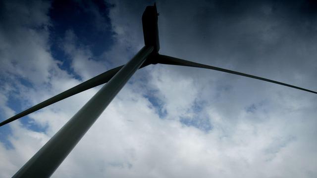 Wegen afgezet in Ritthem om te snel draaiende windmolen