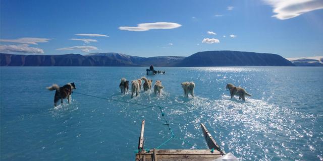 Smeltend ijs in het nieuws: is klimaatverandering aan het versnellen?