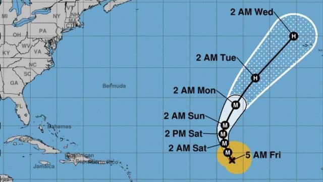 Zware orkaan Lorenzo koerst af op Azoren