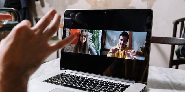 Zo houd je een videomeeting die wél nuttig is: 'Neem de sessie op'
