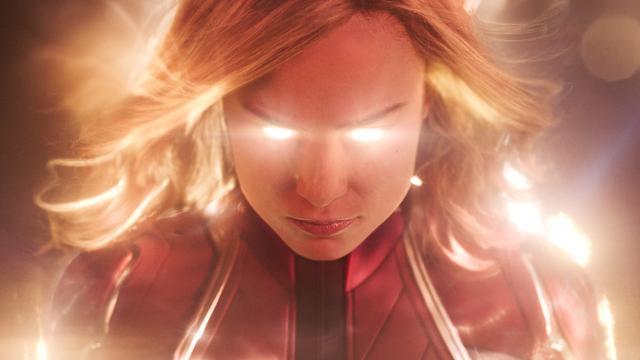 Recensieoverzicht: Captain Marvel laat frisse wind waaien