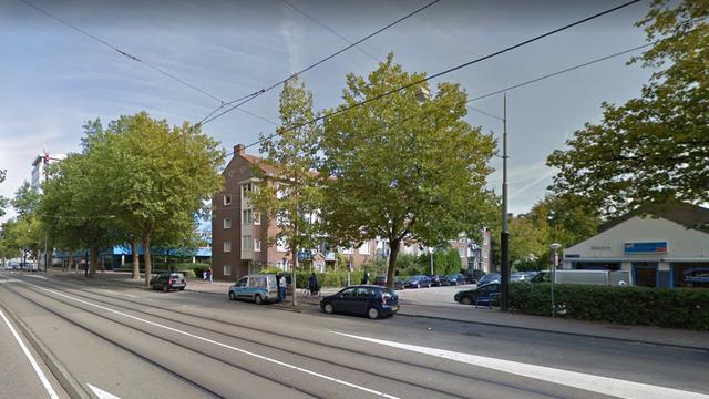 Twee personen lichtgewond door brand in woonkamer Nieuw-West