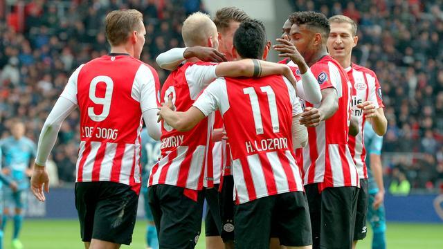 Dit wordt het nieuws: Vier duels in Eredivisie, marathon van New York