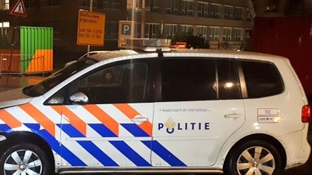 Fietser in bovenlijf gestoken bij Kraaiennestpad, dader voortvluchtig