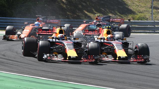 Boze Ricciardo eist en krijgt excuses Verstappen na crash in Hongarije